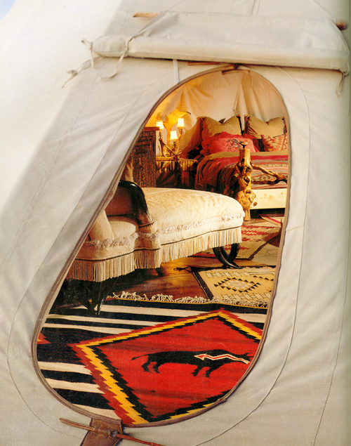 white buffalo lodges taming a tepee article from architectural digest august 1994. Black Bedroom Furniture Sets. Home Design Ideas